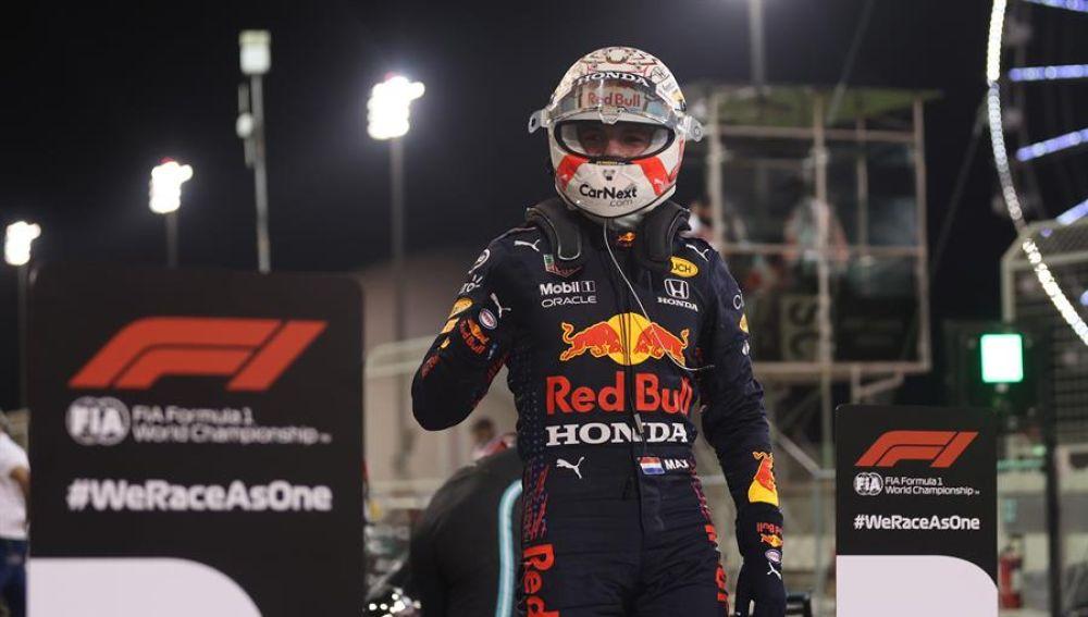 Resultado clasificación F1: Verstappen consigue la primera pole y Sainz y Alonso saldrán octavo y noveno