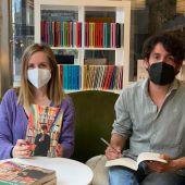 Xacobe Pato en la librería Cronopios de Pontevedra