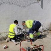 El Ayuntamiento de Socuéllamos instala nuevos `aparcabicicletas' en los centros educativos de la localidad