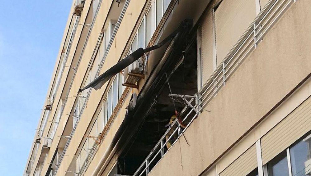 Fachada del edificio donde está la vivienda afectada