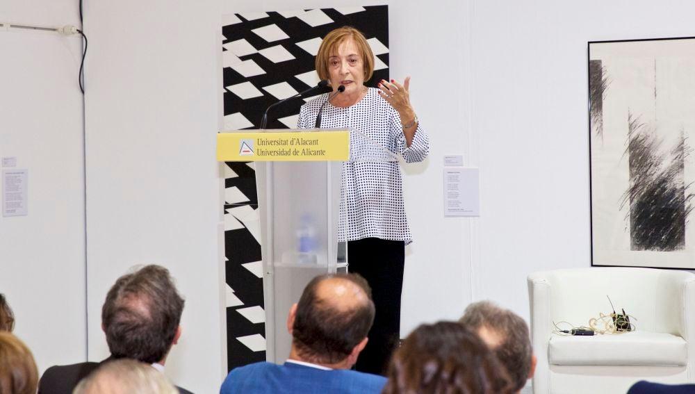 La catedrática de la UA María Teresa Soler