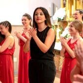 """Elena Rosso, directora de Los Peques de El León de Oro: """"Queremos seguir aportando a la sociedad coral asturiana en estos tiempos tan duros en los que algunos tienen que abandonar"""""""