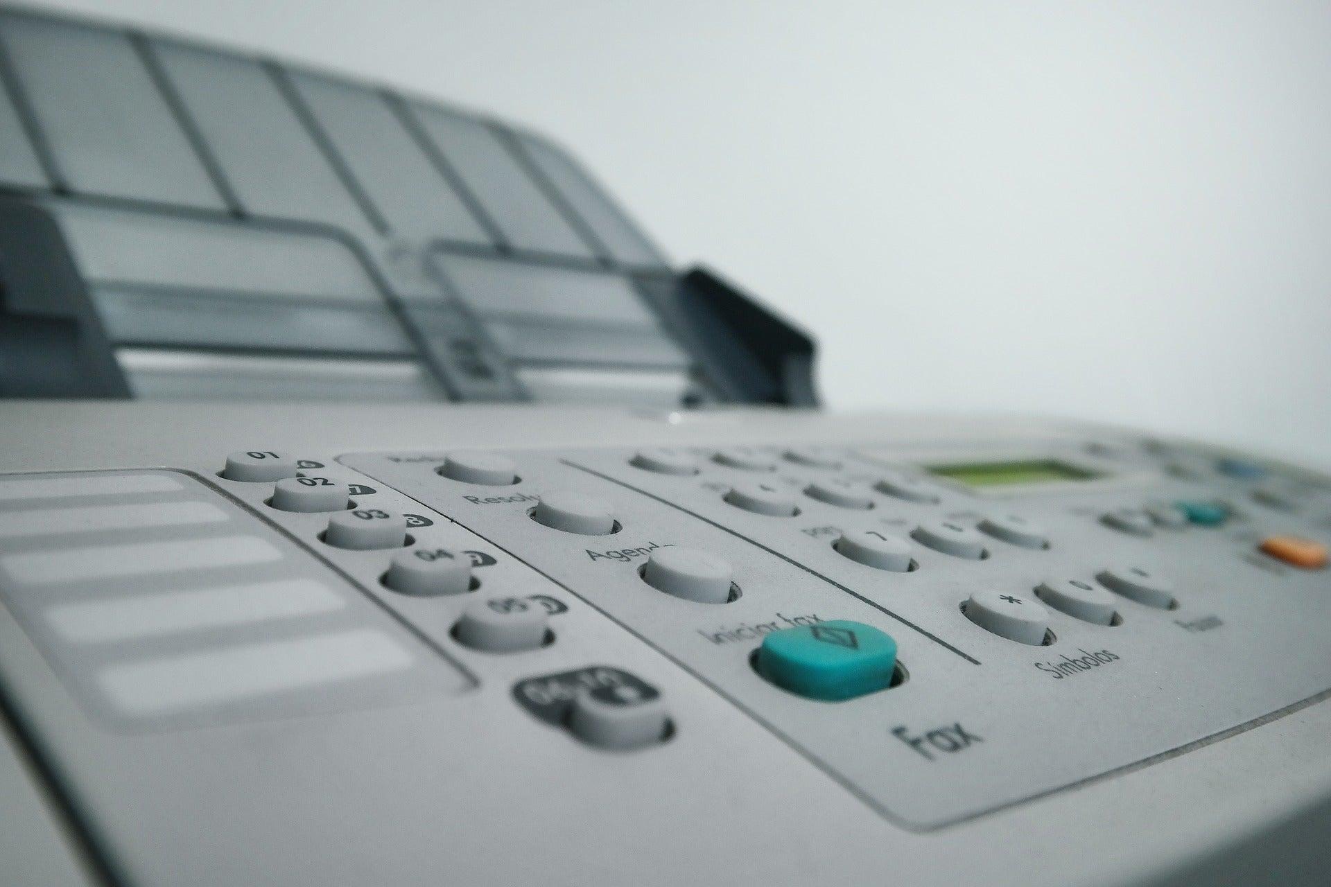 Mesa de Redacción: Canarias entierra definitivamente el fax