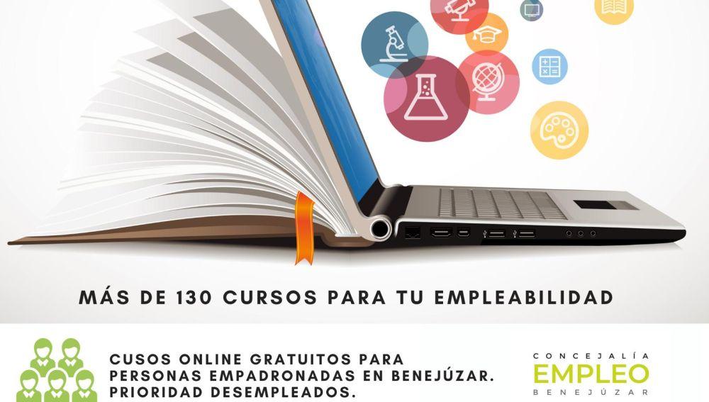 """El innovador programa Aula Oposiciones complementa a la plataforma de formación gratuita con más de 130 cursos, y conforman las dos apuestas """"Online"""""""