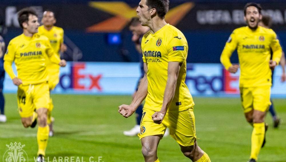 Gerard celebra un gol en Europa