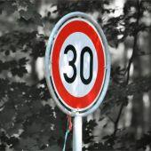 A 30 Km/h por las ciudades