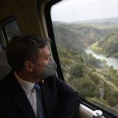 José Luis Soro en el tren camino Canfranc