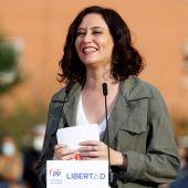 Encuestas Elecciones Madrid: Ayuso necesitaría a Vox para gobernar y Pablo Iglesias se desinfla