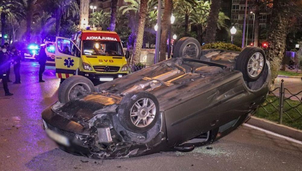 Uno de los vehículos accidentados anoche en General Marvá
