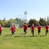 Cerca de 30 deportistas en las Jornadas Lúdico-Deportivas de la Escuela de Atletismo
