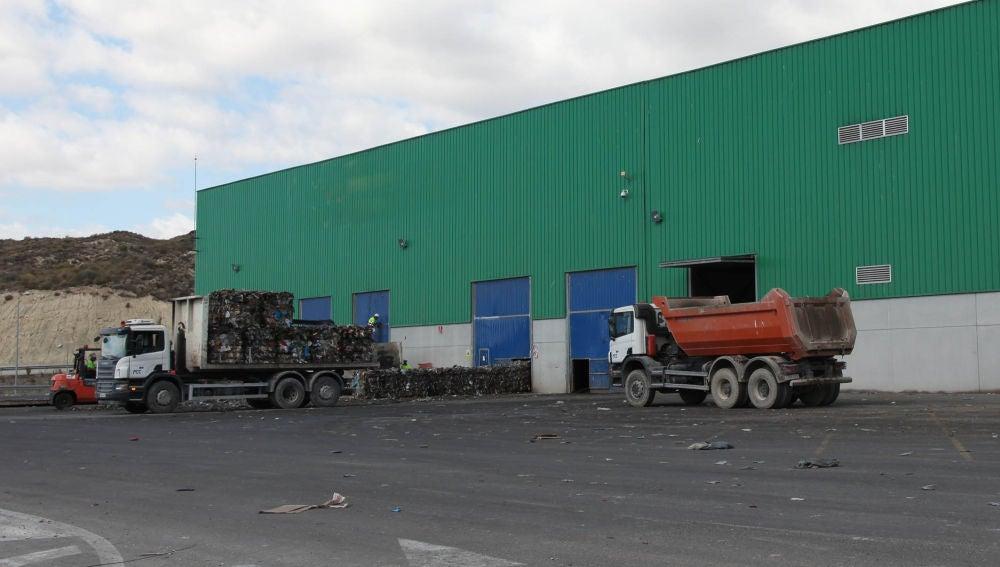 La Diputación destina más de un millón de euros para ayudar a los municipios en la gestión de sus residuos