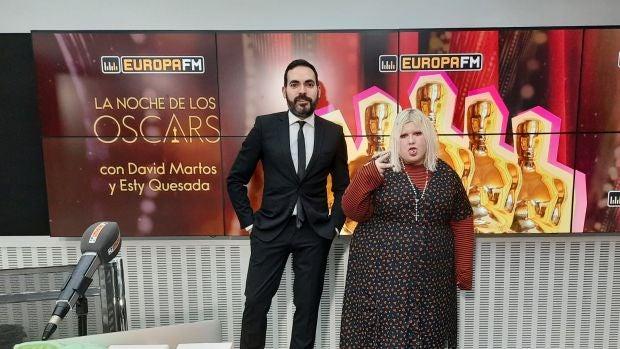David Martos y Esty Quesada, minutos antes del Especial La Noche de los Oscar 2021 en Europa FM