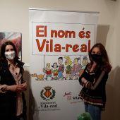 La regidora de Normalització Lingüística, Noelia Samblas junt amb Alicia Llop.
