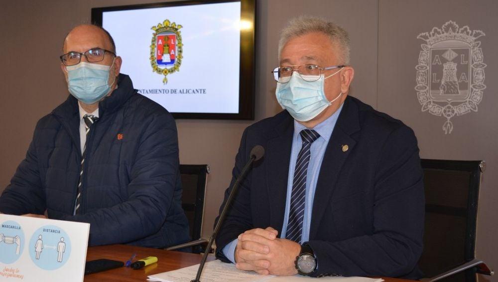 Manuel Villar y Antonio Manresa tras la Junta Local de Gobierno