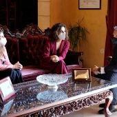 Irene García, María Jesús Montero y el alcalde de Rota, Javier Ruiz