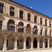 Imagen de la fachada del Ayuntamiento de Villanueva de los Infantes