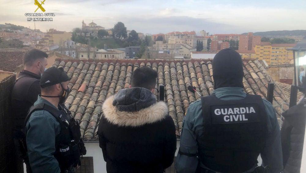 Diecisiete detenidos y desmantelados varios puntos de venta de droga