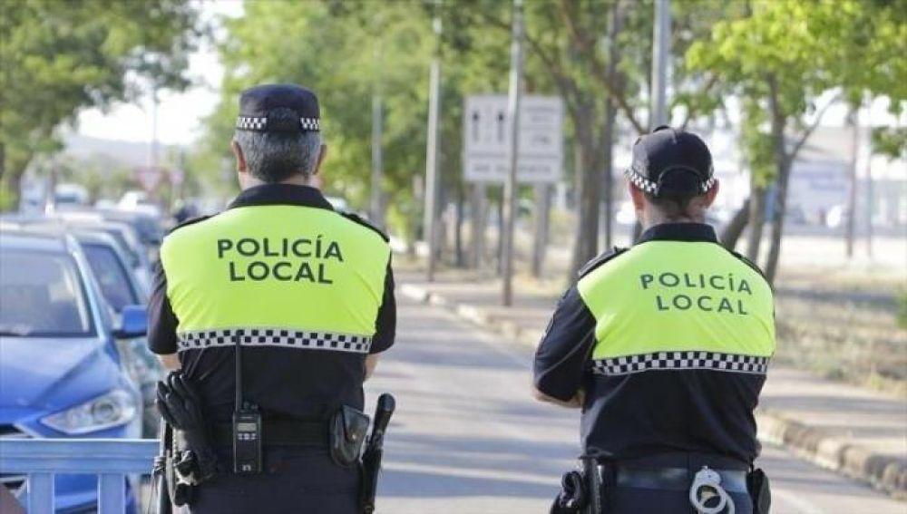 CSIF denuncia que la Policía Local de Badajoz tiene que patrullar a pie por la antigüedad de los coches policiales