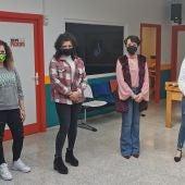 Cuatro usuarias del programa 'Empu-G' que se desarrolla en el Centro Joven de Socuéllamos