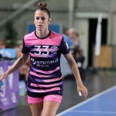 La internacional Bea Escribano ficha por el Club Balonmano Elche.