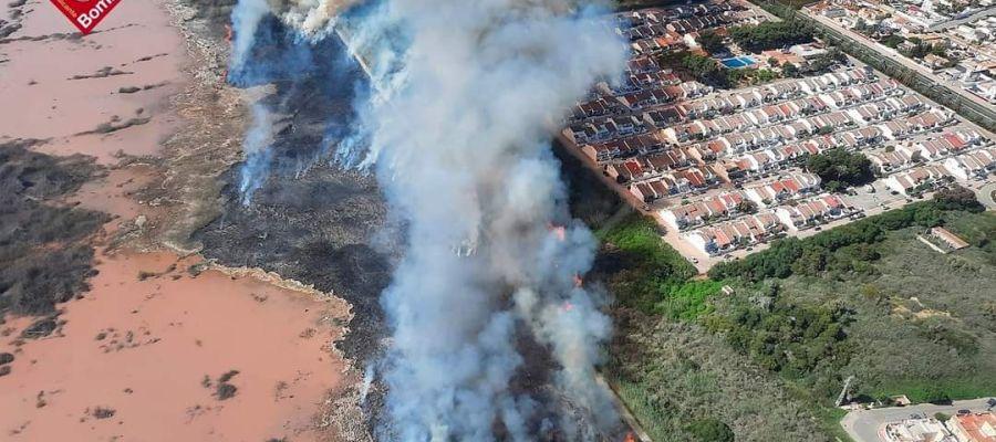 incendio lagunas torrevieja