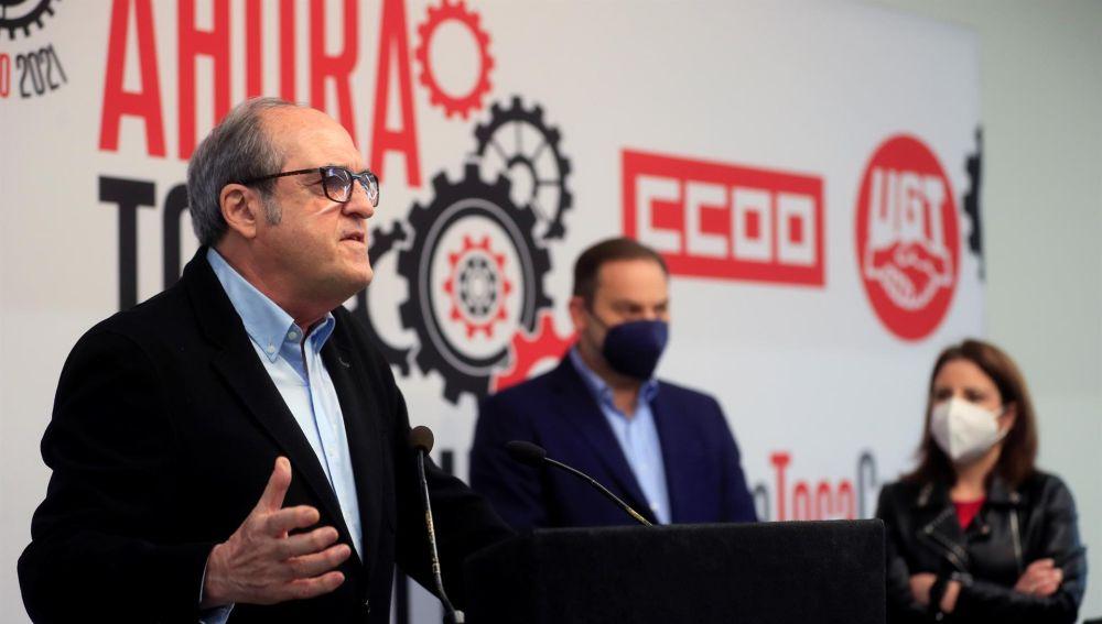 """El PSOE llama a los trabajadores a luchar por los derechos """"para que la derecha depredadora no nos los arrebate"""""""