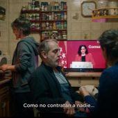 Podemos lanza 'La rider', un corto escrito por Carlos Bardem con motivo del Día de los Trabajadores