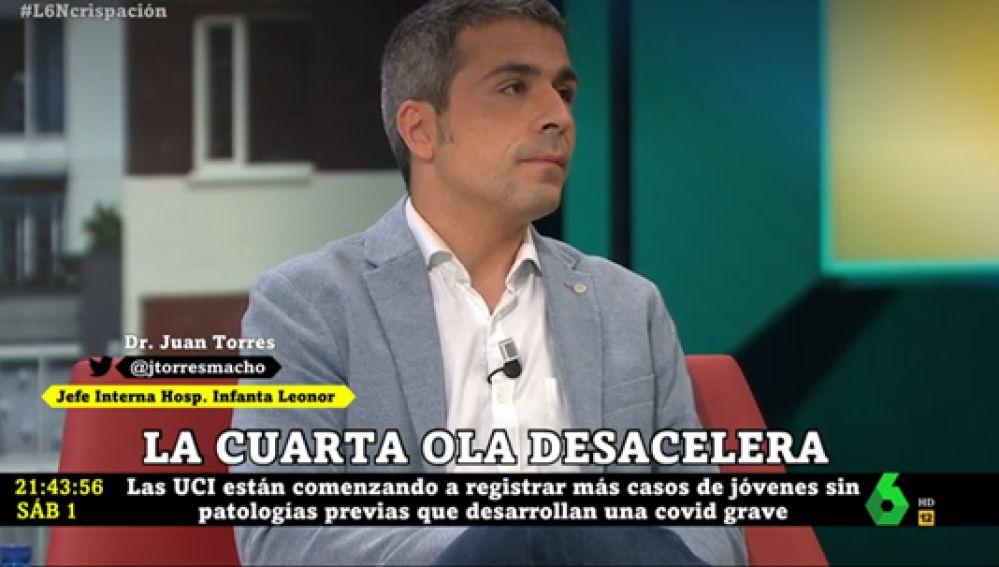 """El doctor Juan Torres advierte que las nuevas variantes """"duplican el riesgo de ir a UCI"""""""