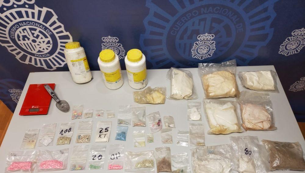 Parte de la droga localizada en Elche.