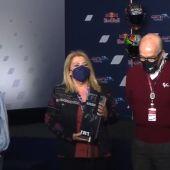 Mamen Sánchez, alcaldesa de Jerez recogiendo el Mejor GP del Año
