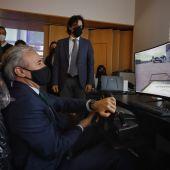 El alcalde, Jorge Azcón, visitó la semana pasada el CIEM. Allí pudo conocer el trabajo de Moontech