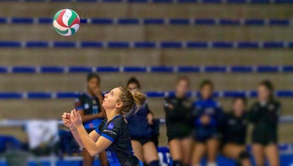 Mireia Guilabert regresa a la Superliga-1 para jugar en el Cajasol Voley de Sevilla.