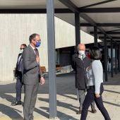 Pablo Fernández Muñiz, consejero de Sanidad Asturias, recibe a la ministra Carolina Darias