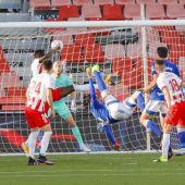 Grippo anota de chilena el gol del empate en Almería