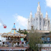 Els parcs d'atraccions, com el del Tibidabo, porten tancats des de mitjans d'octubre. ACN.