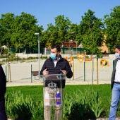 El Ayuntamiento pone en marcha una campaña sobre la limpieza de la orina de los perros, que será obligatoria con la Ordenanza de Limpieza Viaria