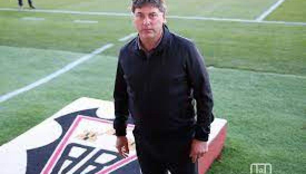 Alejandro Menéndez en el Carlos Belmonte