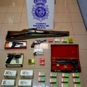La Policía interviene varias armas a un nonagenario