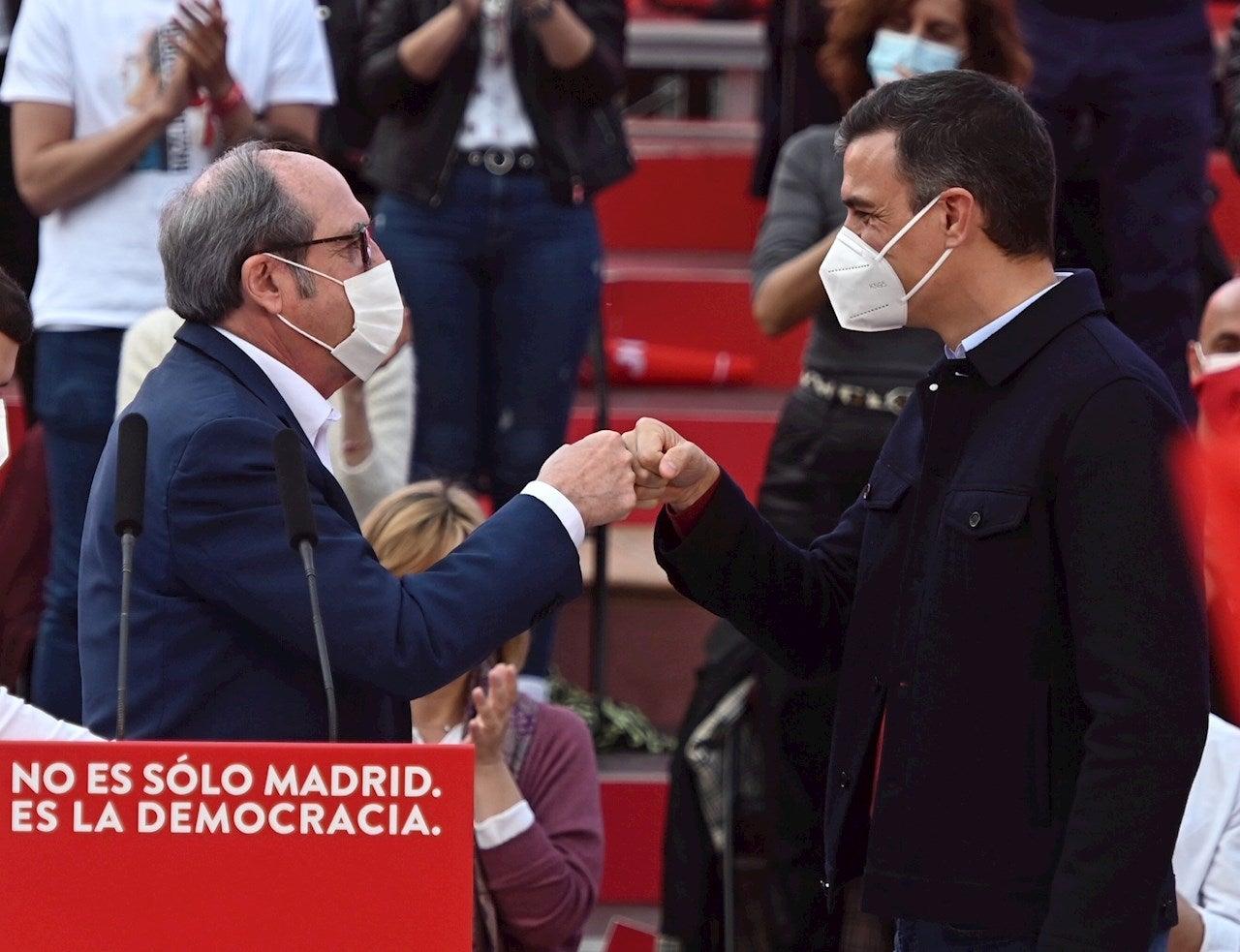 Tertulia: ¿Hace falta más autocrítica en el PSOE tras el descalabro de las elecciones de Madrid?