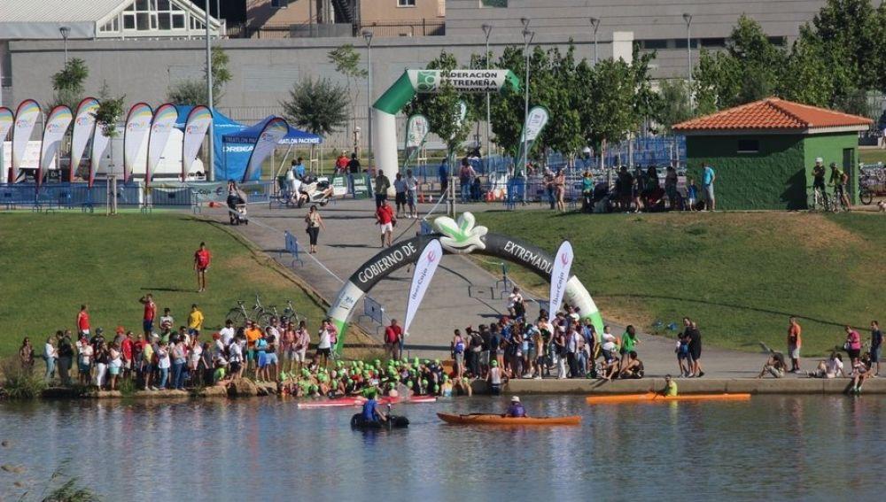 El Triatlón Puerta de Palmas se disputa este domingo con 224 inscritos