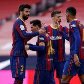 Los jugadores del FC Barcelona celebran el gol de Leo Messi