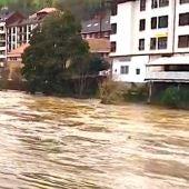 Arriondas sufrió graves daños en las inundaciones de 2010