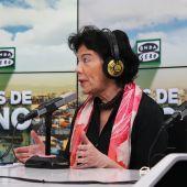 Isabel Celaá visita Más de Uno, con Carlos Alsina