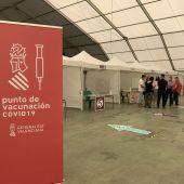 """El Ayuntamiento ha habilitado la Carpa Municipal como """"vacunódromo"""" para los residentes de Pilar de la Horadada y los censados en Orihuela Costa"""