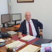 Antonio Moreno de la Santa, en su despacho de los juzgados de Ciudad Real