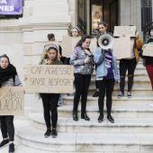 Mujeres manifestándose contra el machismo.