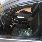 Uno de los vehículos en los que se cometieron los robos