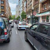 Atasco en la Avenida de la Costa (Gijón)