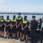 Parte del despliegue de agentes de la policía local en las playas