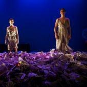 El grupo 'Descarado Teatro' y la 'Compañía la Máscara Tuerta', ganadores de Andalucía, Ceuta y Melilla de los premios de teatro joven de Coca-Cola